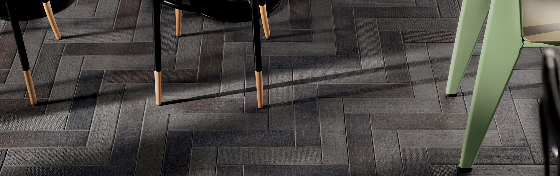 Textile weaves a contemporary style with the simplistic and timeless appeal of woven fabrics and concrete. With a subtle texture and a classic palette, Textile incorporates a fresh air of modernity with the traditional hexagon and plank formats in an easy-care porcelain tile.